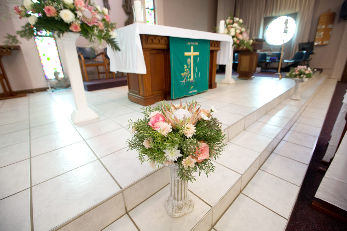 Picture of the alter in the catholic church